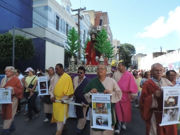 Via Sacra no Centro do Recife (Foto: Luna Markman/G1)