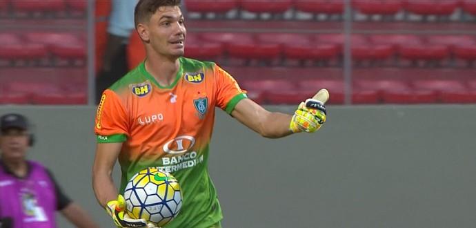 João Ricardo, goleiro do América-MG (Foto: Reprodução / Premiere)