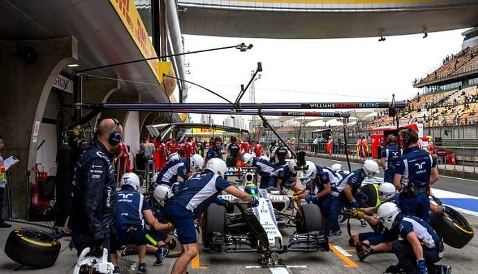 Pit stop Williams GP da China (Foto: Divulgação/DHL)