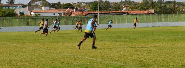 botafogo-pb, treino do botafogo-pb, estádio municipal de pilar (Foto: Lucas Barros / Globoesporte.com/pb)