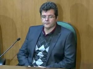 Guilherme Esteves não falou durante a CPI da Petrobras, em Curitiba (Foto: Reprodução/RPC)