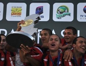 Atlético-PR sub-17 vence e é campeão (Foto: Bruno Baggio/Site Oficial do Atlético-PR)