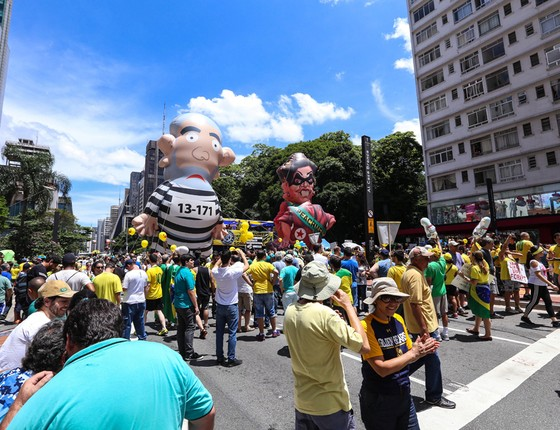Manifestação pelo impeachment de Dilma Rousseff, na Avenida Paulista, em São Paulo (Foto: Vanessa Carvalho/Brazil Photo Press / Ag. O Globo)