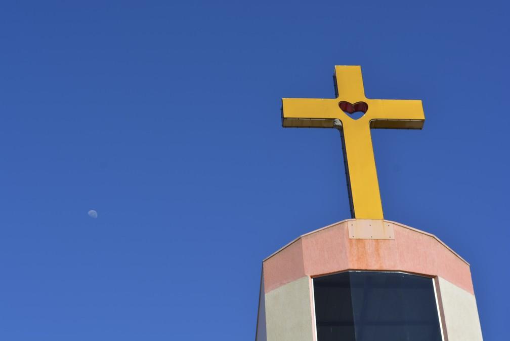 Católicos celebraram Corpus Christi nesta quinta-feira, em Ariquemes (Foto: Diêgo Holanda/G1)