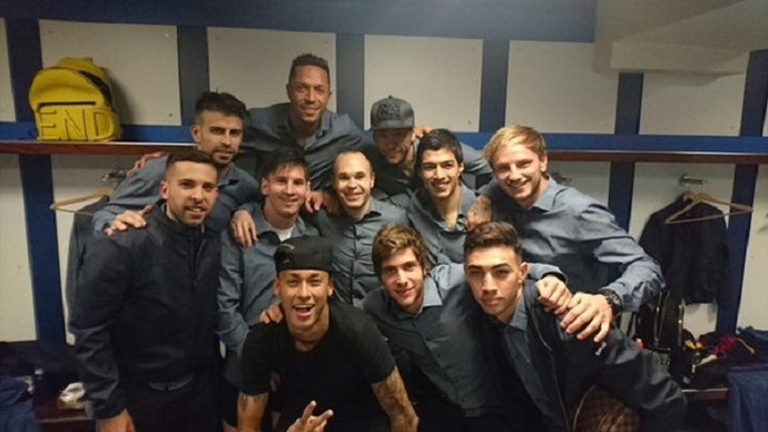 Iniesta Barcelona (Foto: Reprodução / Twitter)