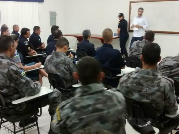 Os PMs foram informados sobre todos os passos da audiência de custódia. (Foto: Polícia Militar\Divulgação)