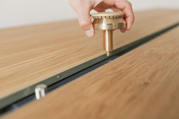 Design alemão: mesa-fogão invade a sala (Foto: Caspar Sesslar / divulgação)