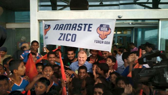 Zico segue para a Índia Goa FC (Foto: Reprodução / Twitter)