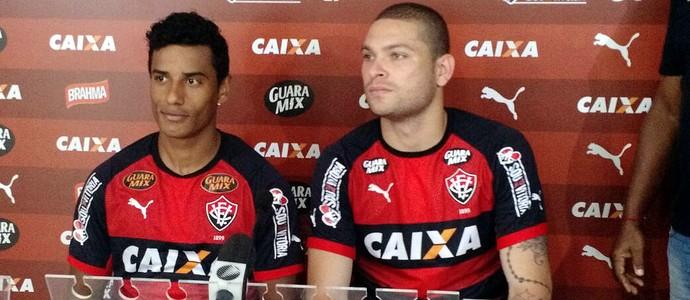Diogo Mateus e Mattis concedem entrevista coletiva na Toca do Leão (Foto: Rafael Santana)