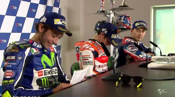 Rossi discute com Lorenzo durante coletiva em Misano (Foto: Reprodução)