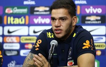 """Em Portugal, Taffarel observa Ederson, do Benfica, e elogia: """"Futuro brilhante"""""""