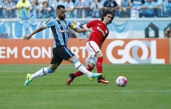 Há 10 jogos sem gols, Valdívia ganha atenção para suportar contato físico