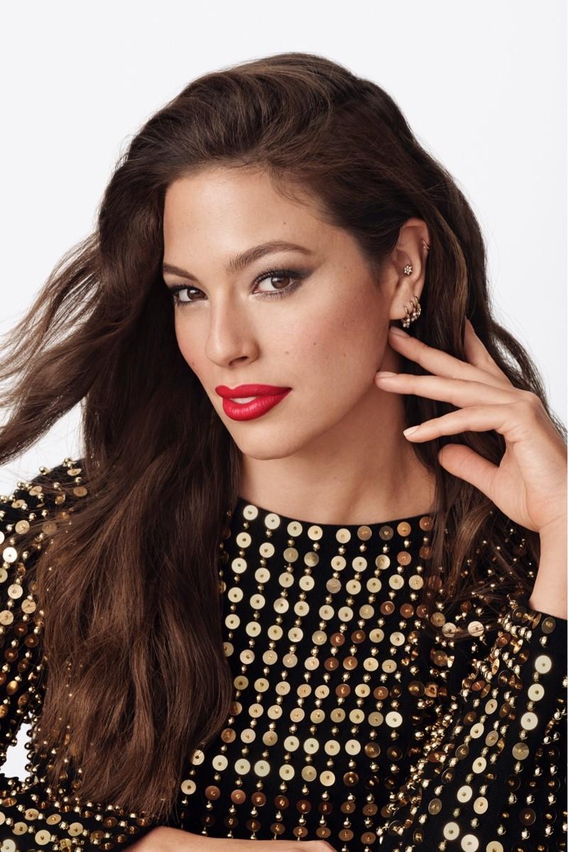 Live Boldly: time de tops nova estrela campanha de beleza da Revlon (Foto: Divulgação)