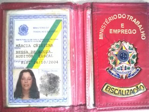 Auditora presa em Macaé (Foto: Júnior Costa/G1)
