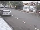Adolescente aluga carro por R$ 30 e causa acidente em Franca; veja vídeo