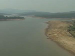 Sistema Rio das Velhas opera com 50% da capacidade (Foto: Reprodução/TV Globo)