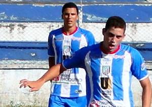 Rael e Fabrício mostraram bom entrosamento e levaram o ECSJB à segunda vitória no returno (Foto: Fabio Menezes-ASCOM)