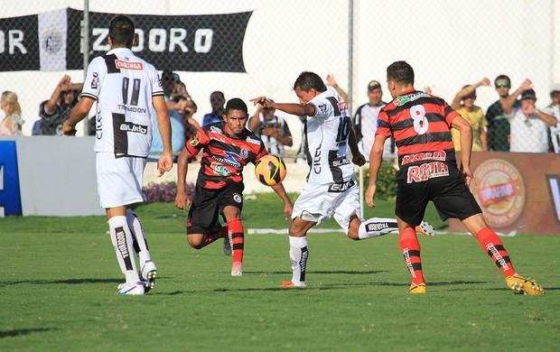 Didira arremata no jogo entre ASA e Campinense (Foto: Ailton Cruz/ Gazeta de Alagoas)