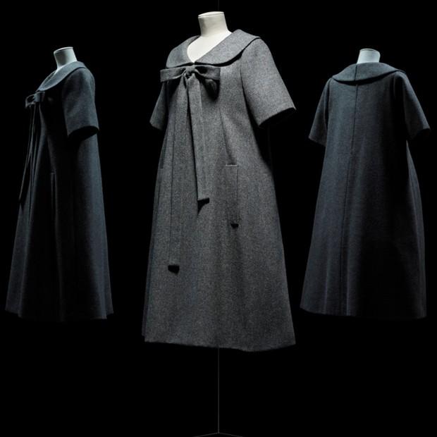 Bonne Conduite dress by Yves Saint Laurent for Christian Dior, haute couture spring-summer 1958 (Foto: Reprodução)