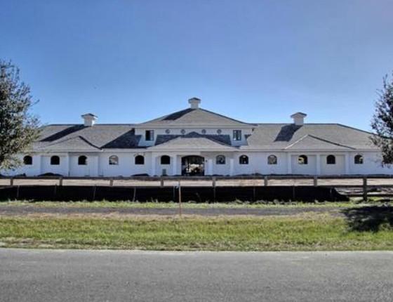 O haras em Wellington, no estado americano da Flórida, foi vendido por cerca de R$ 40 milhões (Foto: Reprodução)