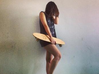 Projeto incentiva a prática de skate entre mulheres. (Foto: Mariana Patriota / Divulgação)
