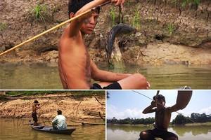 Índios ensinam a pescar (Sérgio Oliveira/TG)