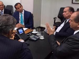 Encontro reuniu prefeito de Santos, deputados e ministro (Foto: Divulgação/João Paulo Tavares Papa)