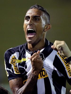 Rafael Marques Botafogo campeão carioca 2013 (Foto: Satiro Sodré / Agif)