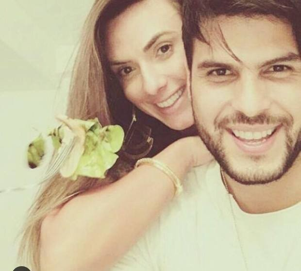 Nicole Bahls e MArcelo Bimbi (Foto: Reprodução/Facebook)