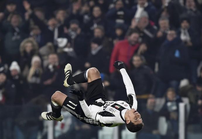 gol de hernanes, juventus x pescara (Foto: REUTERS/Giorgio Perottino)