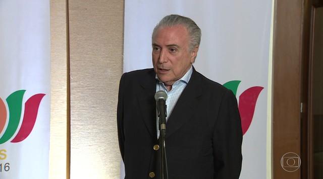 Nova política de preços da Petrobras não aumentará impostos, diz Temer