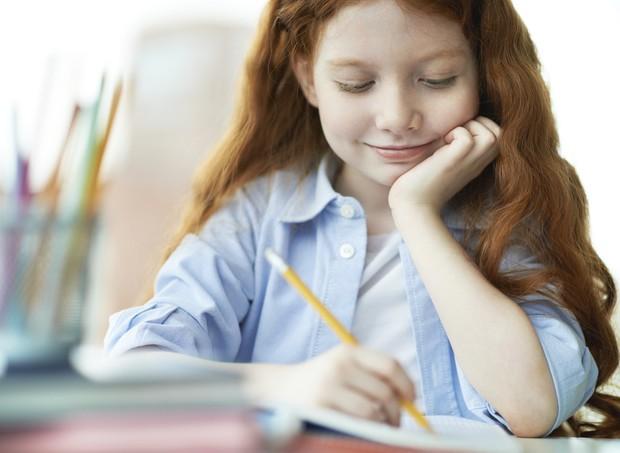 Lição de casa: é importante, mas não deve se arrastar por horas (Foto: Thinkstock)