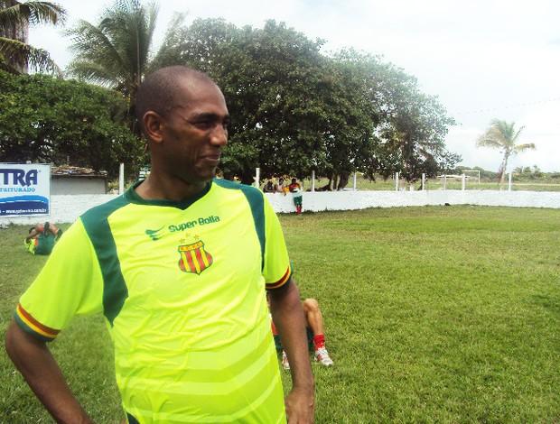 Arlindo Maracanã ainda sente eliminação diante do Campinense (Foto: Afonso Diniz/Globoesporte.com)