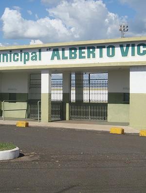 Estádio do Tanabi, o novo time de Túlio Maravilha (Foto: Marcos Lavezo/GLOBOESPORTE.COM)