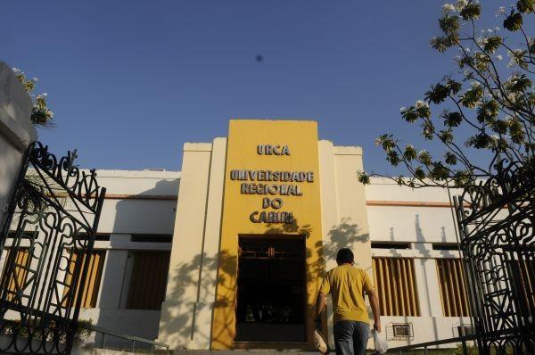 Universidade Regional do Cariri (Foto: TV Verdes Mares/Reprodução)