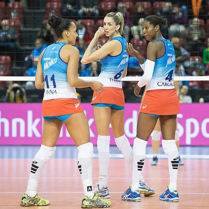 Osasco, Ivna, Thaisa e Carcaces, Top Volley (Foto: AP)