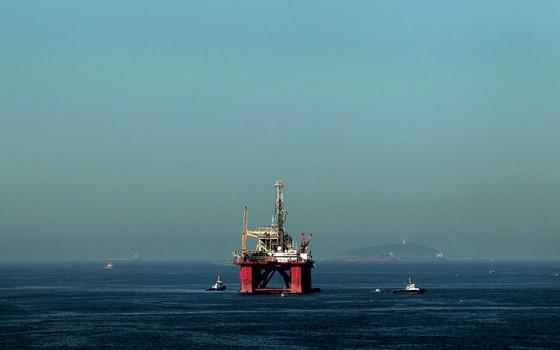 Plataforma em obras para a Petrobras.A estatal não precisa faze tudo sozinha (Foto: Dado Galdieri/Bloomberg via Getty Images)