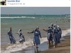 Muçulmano cria polêmica ao postar foto de freiras na praia na Itália