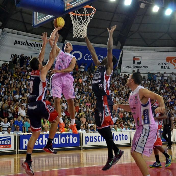 Bauru x Limeira, Paulista de Basquete (Foto: Henrique Costa / Bauru Basket)