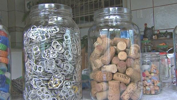 Coleta seletiva para reaproveitamento dos materiais (Foto: Reprodução TV Acre)