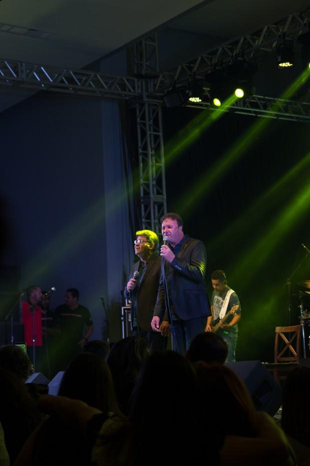 Paraná comemora aniversário de 60 anos e canta ao lado de Chico Rey (Foto: Juliana Alves Gontijo / Divulgação )
