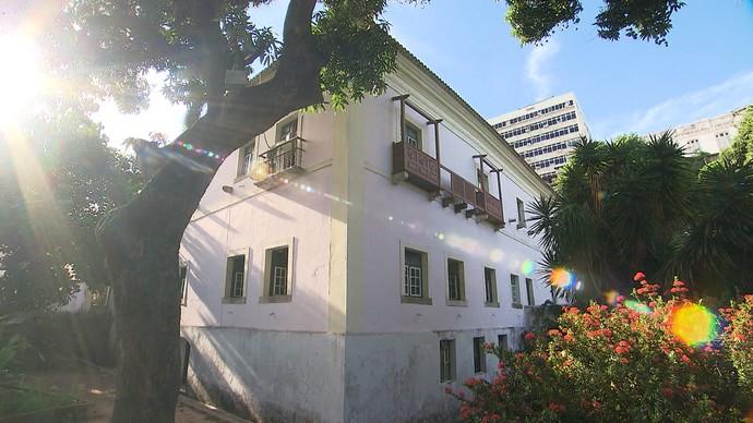 Solar Berquó abriga o Instituto do Patrimônio Histórico e Artístico Nacional (Foto: TV Bahia)