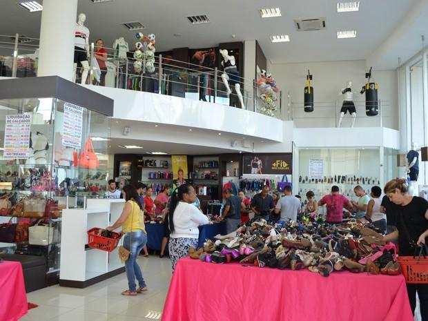 Lojas em Cacoal, RO (Foto: Magda Oliveira/G1)