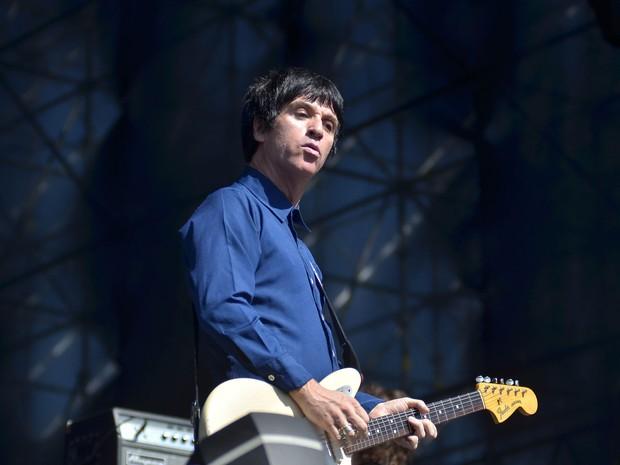 Retrato do guitarrista Johnny Marr, ex- integrante da banda The Smiths, durante apresentação no segundo dia do Festival Lollapalooza 2014 (Foto: Levi Bianco/Brazil Photo Press/Estadão Conteúdo)