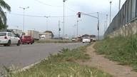 Câmeras flagram avanços de sinal na BR-101, em Carapina, na Serra