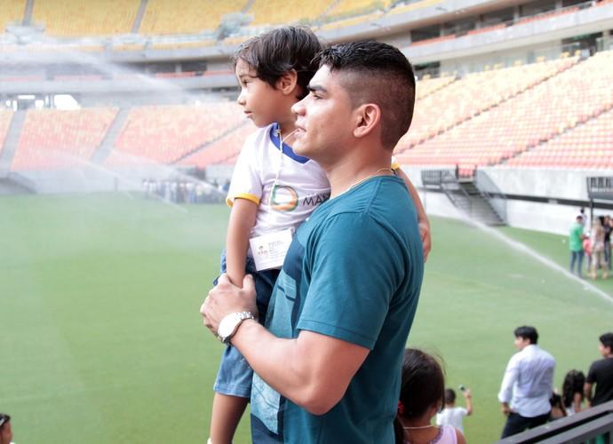 Dia dos pais na Arena Amazônia (Foto: Lton Santos/Semcom)