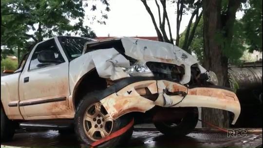 PRE recupera caminhonetes roubadas depois de ladrões baterem veículos