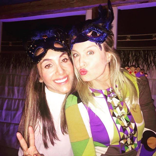 Angélica e amiga (Foto: Reprodução/Instagram)