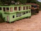 Com receio de enchente, moradores retiram móveis em Conceição do Pará
