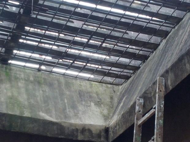 Agentes penitenciários encontraram grades do solário serradas (Foto: Vanessa Rumor/RPC)